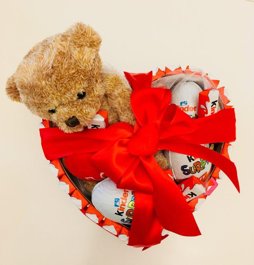 Konfekšu dāvana Teddy kinder