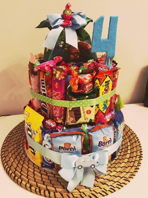 """Salda bērnu dzimšanas dienas torte """"Konfekšu paradize"""""""