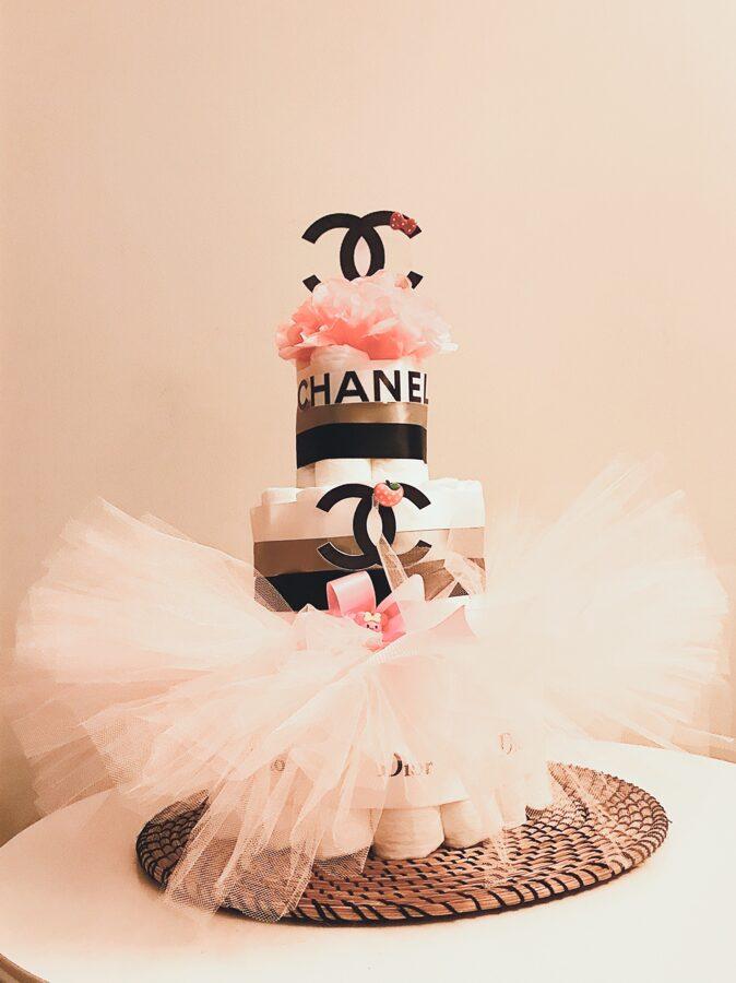 Eleganta pamperu torte Chanel