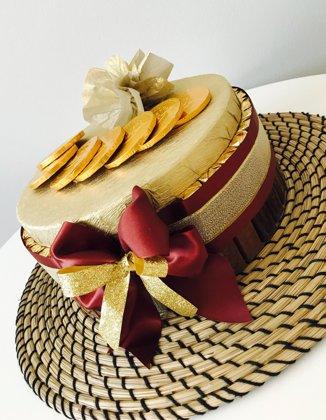 Torte no konfektēm Gold